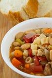 豆意大利面食汤 免版税图库摄影