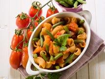 豆新鲜的绿色意大利面食 免版税库存图片