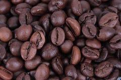 豆特写镜头咖啡宏指令 免版税库存照片