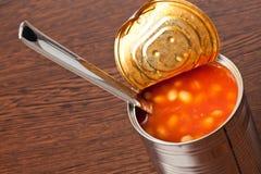 豆能装罐 免版税库存照片