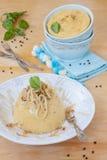豌豆粥用油煎的葱 免版税库存照片