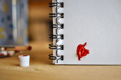 象能重点图标徽标爱一红色使用 艺术油(acryl)油漆 被限制的日重点例证s二华伦泰向量 免版税库存图片