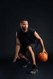 画象被聚焦的非洲体育供以人员使用在篮球 免版税库存照片