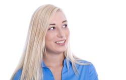 画象:被隔绝的白肤金发的年轻女商人在蓝色女衬衫厕所 免版税图库摄影