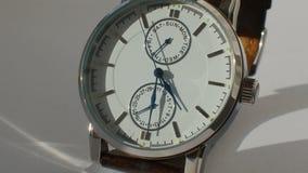 豪华人手表细节,测时器接近的4K 影视素材