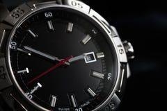 豪华人手表细节,测时器接近  库存照片
