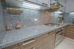 豪华公寓厨房室内设计  免版税库存图片