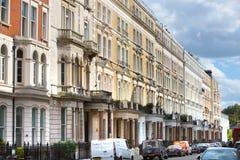 豪华公寓在肯辛顿 中心伦敦居民住房 伦敦英国 图库摄影