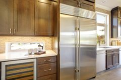 豪华厨房在一个新建工程家 库存图片