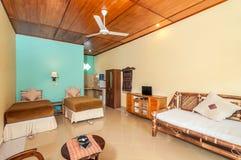 豪华和美丽的双卧室旅馆 免版税库存图片
