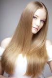 豪华女孩的头发 免版税库存照片