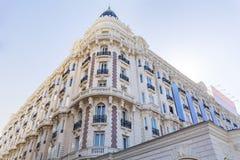 豪华旅馆修造的外部 法国建筑学 库存照片