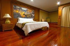 豪华旅馆卧室 库存照片