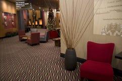 豪华旅馆大厅家具 免版税库存照片