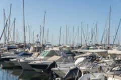 豪华游艇在彻特d ` Azur,法国 库存照片
