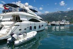 豪华游艇看法在波尔图黑山 库存照片