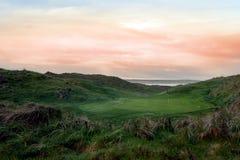 豪华的绿色Ballybunion连接高尔夫球场 免版税图库摄影