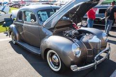 1940年豪华福特的小轿车 库存照片