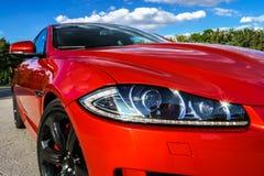 豪华红色汽车视图 免版税库存图片