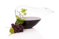 豪华红葡萄酒静物画。 免版税库存图片