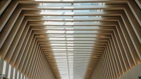 豪华购物中心的现代天花板 图库摄影