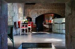 豪华金黄岩石旅馆在尼维斯岛的加勒比岛 库存照片