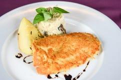 豪华餐馆的鱼片 库存照片
