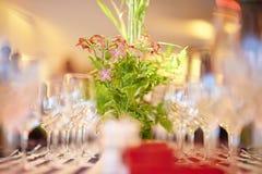 豪华结婚宴会桌 免版税库存图片