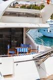 豪华yatch的船尾的细节 免版税图库摄影