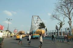 豪拉桥梁在加尔各答 免版税库存图片