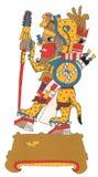 豹子皮肤和头饰的Mixtec战士 站立在平台,拿着盾和矛 免版税库存照片