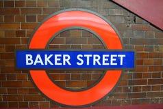 贝克街道地铁车站的标志 库存图片