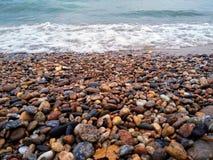 贝加尔湖石海岸 免版税库存照片