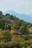 贝加莫,意大利- 2017年8月18日:市的全景从城堡墙壁的贝加莫 免版税库存图片