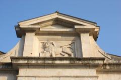 贝加莫-老城市 圣徒威尼斯出现的Marco标志狮子不同的大厦和纪念碑的 免版税库存图片