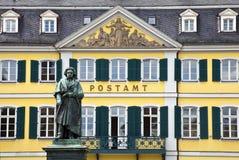 贝多芬雕象在波恩,德国。 库存照片