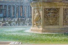 贝尔尼尼喷泉的细节在梵蒂冈 库存照片