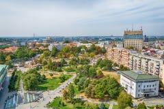贝尔格莱德,塞尔维亚11 09 2017年 :从寺庙圣徒采取的贝尔格莱德全景Sava 免版税库存照片