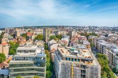 贝尔格莱德,塞尔维亚11 09 2017年 :从寺庙圣徒采取的贝尔格莱德全景Sava 免版税图库摄影