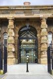 贝尔法斯特北爱尔兰现在使用的历史的克拉姆林路监狱,一个现代博物馆和访客集中 免版税库存照片