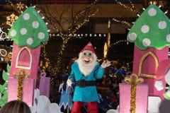 贝尔维圣诞节游行的雪白矮人 库存照片
