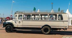 贝得福得老朋友公共汽车每年全国老朋友天在莱利斯塔德 免版税库存照片