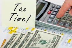 财务表单stiker税时间 库存照片