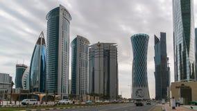 财政区地平线的摩天大楼在西湾,多哈,卡塔尔 库存照片