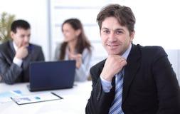 财政经理在工作场所 免版税库存照片