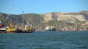 货物和油港大俄国口岸的新罗西斯克
