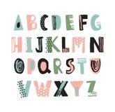 质朴的拉丁字体或幼稚英语字母表手拉在白色背景 五颜六色的织地不很细信件装饰与 库存例证