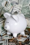 贪心的银行票据 免版税图库摄影