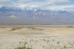 贫瘠死亡沙漠横向谷 免版税库存照片