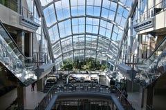 购物中心兆视窗 免版税库存照片